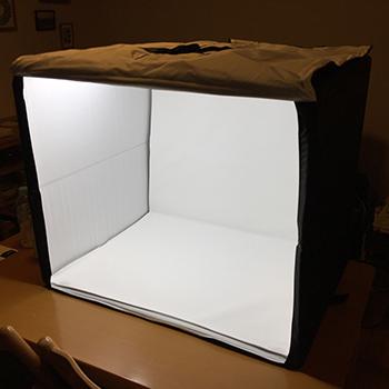 【物撮りが快適に!】Amazonベーシックのポータブルフォトスタジオを買ってみた